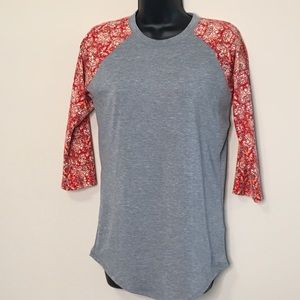 LuLaRoe Randy XSmall Raglan 3/4 Sleeve Grey Red